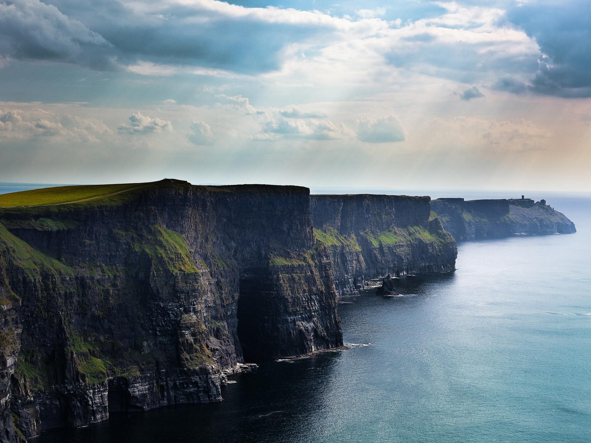 Los famosos Acantilados de Moher en Irlanda. Fuente Fondos10.net